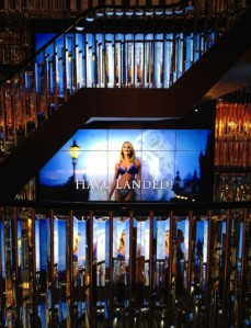 Victoria Secret london -video wall
